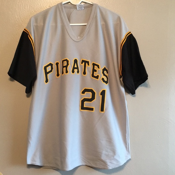 1b9d025d3 Roberto Clemente Pittsburgh Pirates jersey